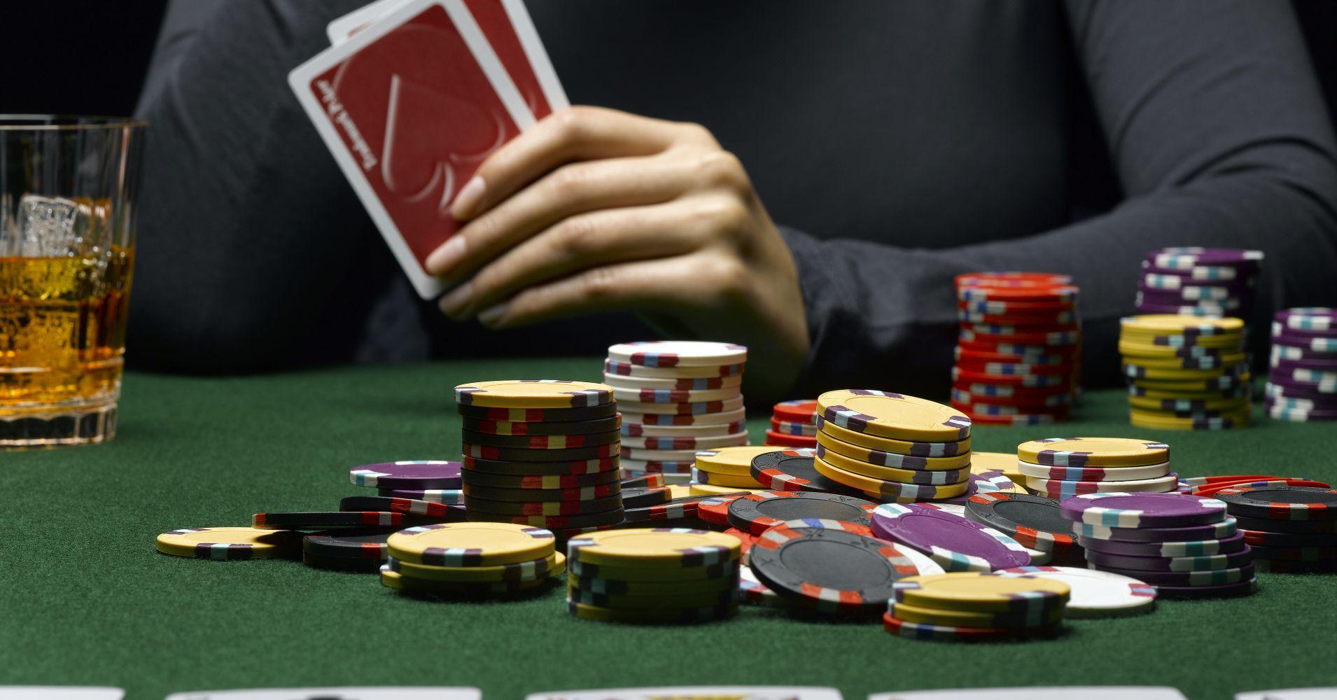 card convoy gambling online games